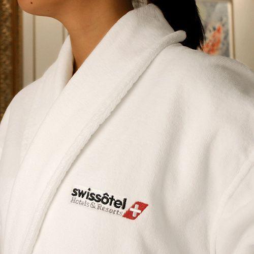 Luxury Hotel quality bathrobe d387e72d5